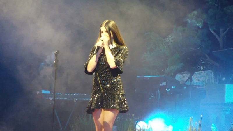 Lana Del Rey – 13 Beaches (Live @ «Bridgestone Arena» / «LA To The Moon Tour»)