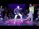 Они взорвали интернет, казашка и русский парень классно танцует.mp4