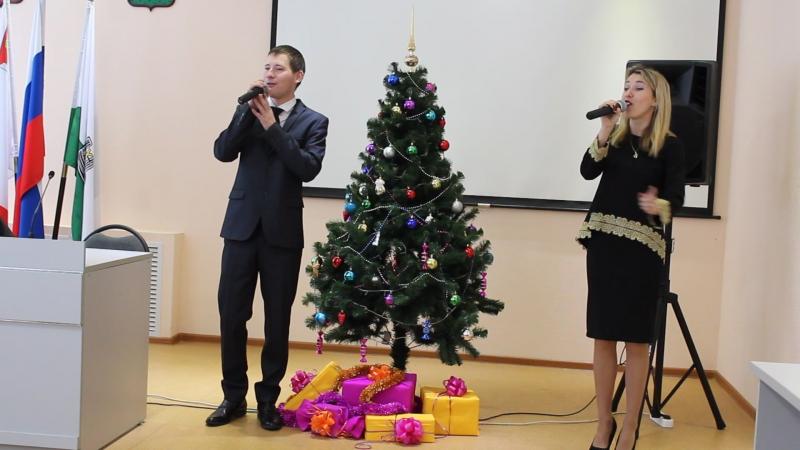 Поют Юрий Шиков и Евгения Романова