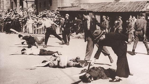 Казнь коммунистов в Шанхае во время гражданской войны в Китае, 1948 год.