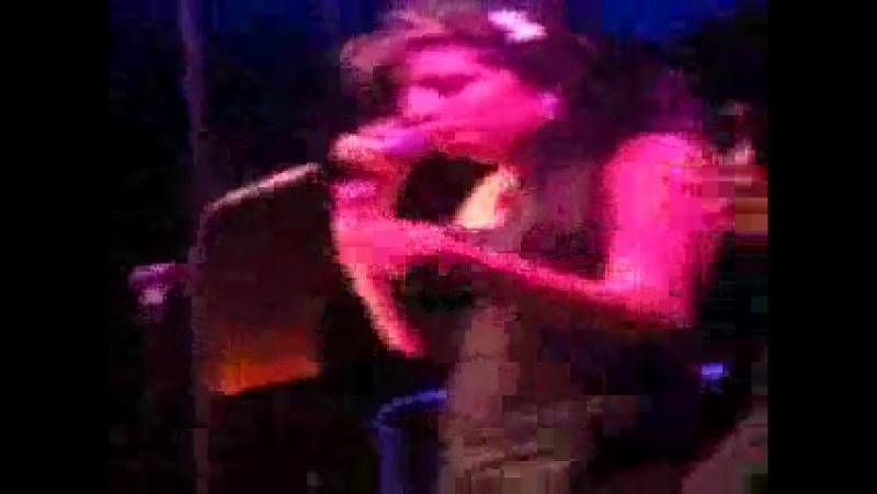Amy Winehouse Live NY Debut @ Joes Pub NYC