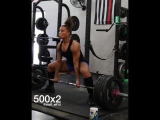 Стефани Пауэлл - тяга 227 кг на 2 (67,5 кг)