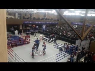тайский бокс я в синем