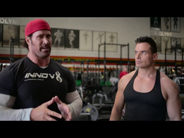 Antonio Sabato Jr. Mike O'Hearn - Shoulder Day at The Mecca