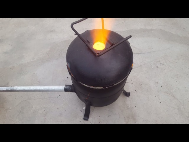 Make a Simple Metal Foundry Using Empty Gas Cylinder