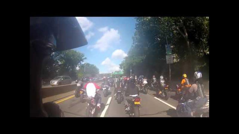Нападение мотоциклистов на ДЖИП (в Америке)