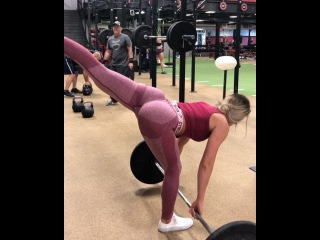Whitney Simmons Nov 20, 2017 at 10:31pm UTC