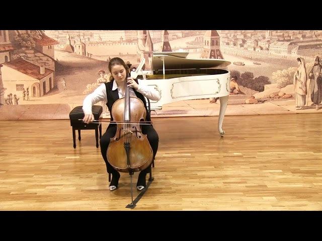 И.С. Бах - Сюита для виолончели №2, Куранта, Сарабанда, Жига. Елена Алексеева - виолончель