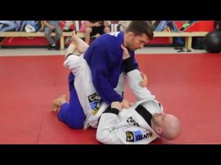 Breaking Grips In BJJ : 2 Ways To Break Collar Grips In Full Guard