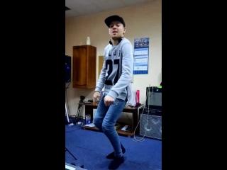 Танцуем
