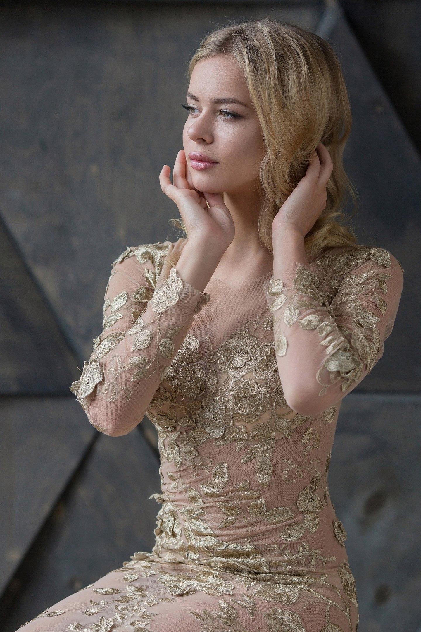 Анна Погорилая-2 WAZuhtokEdg