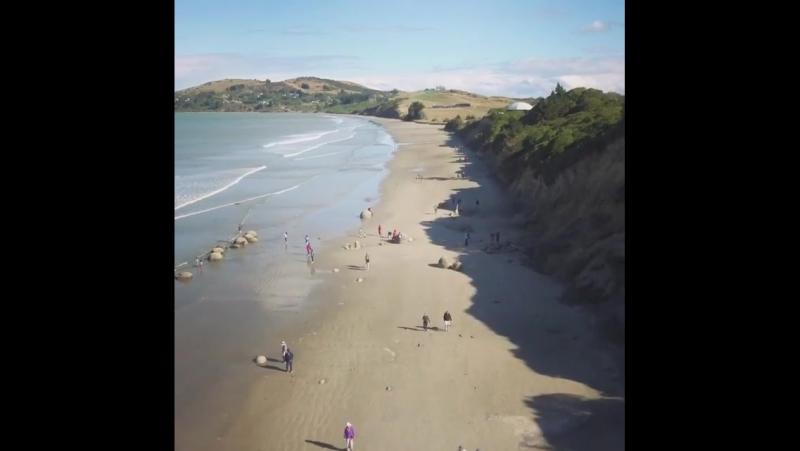 Валуны Моераки (северное побережье Отаго, Новая Зеландия)