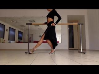 Anastasia tanguera. импровизация на тему borges y paraguay. tango women technique. tango nuevo