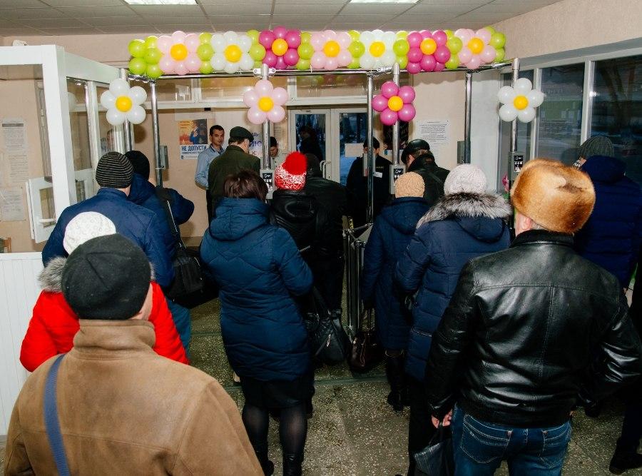 «Красный котельщик» провел поздравительные акции для своих работников