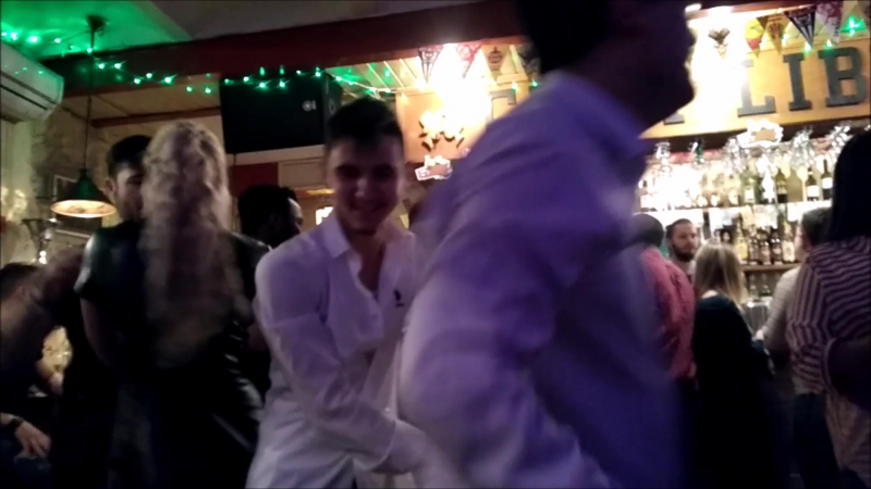 Когда в танце ведут оба или afterparty с DJohn Santa!