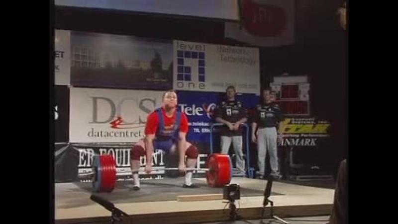 Юрий Федоренко - тяга 372,5 кг (101,4 кг)
