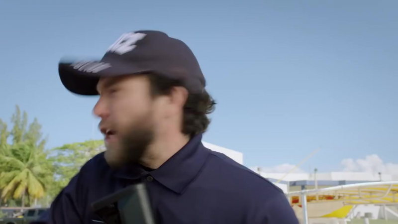 Нападение пятиголовой акулы (2017) трейлер