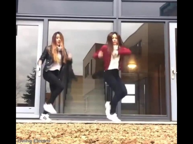 Girls dance Uganda knuckles · coub, коуб