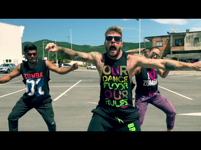 Azukita - Steve Aoki, Daddy Yankee, Play-N-Skillz Elvis Crespo - Marlon Alves Dance MAs - Zumba