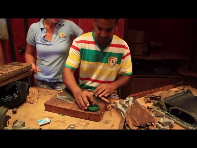 Как создают сигары на фабрике сигар на полуострове Самана в Доминикане (10.10.2013)