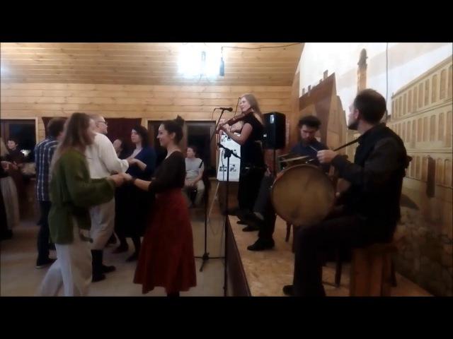Ноч танцаў у Гарадзенскіх Дворыках Вальс