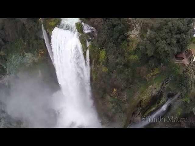 Le cascate delle marmore viste dal drone..!!marmore falls with dji Phantom drone