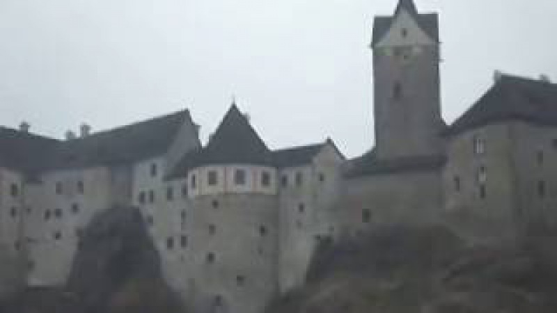 Возле замка Локет в Чехии - 2011 год - (Loket Castle Czech Republic)