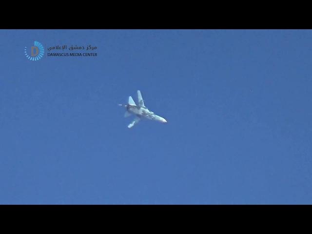 Сирия.07-01-2017.Су-24 ВВС САР работает по позициям бармеелеев в восточной Гуте,Дамаск