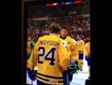 2 место это первый проигравший. Шведский хоккеист снял серебряную медаль сразу после награждения (VHS Video)