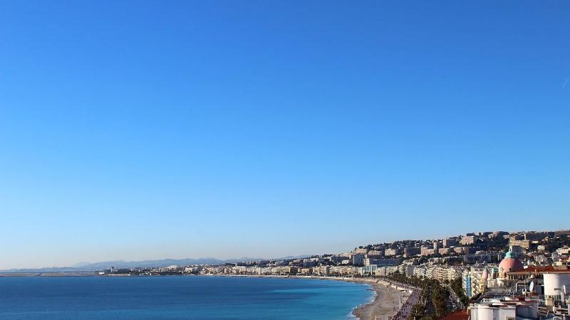 Франция, Ницца, Английская набережная из отеля Hyatt Regency Nice Palais de la Mediterranee