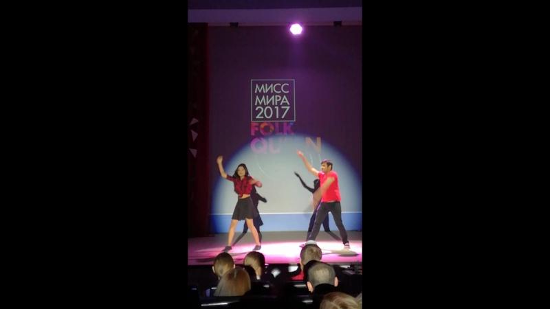 Заводные индийские танцы во главе со Шримали! (отрывок)