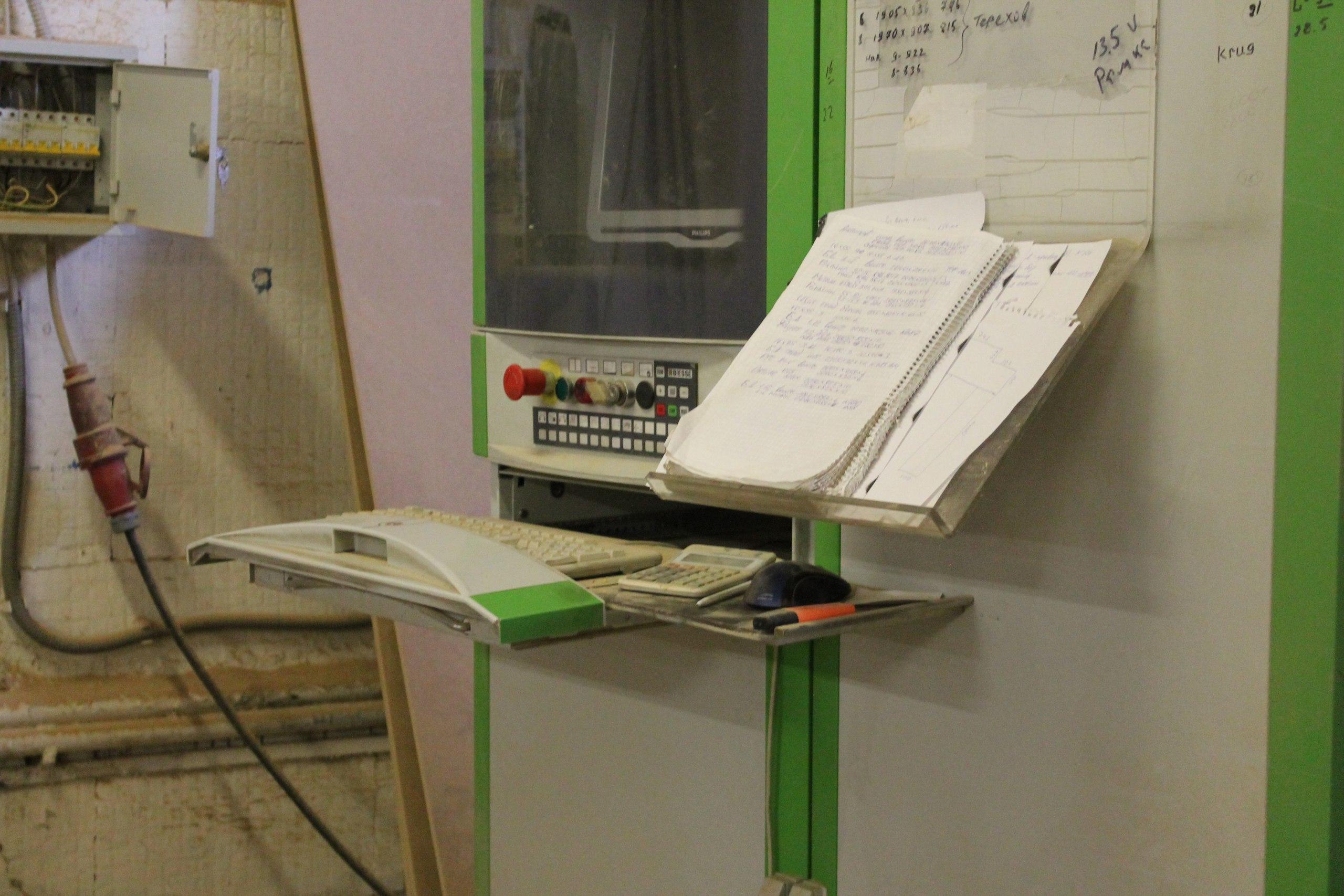 Служба по ремонту дверей, Панели МДФ, собственное производство