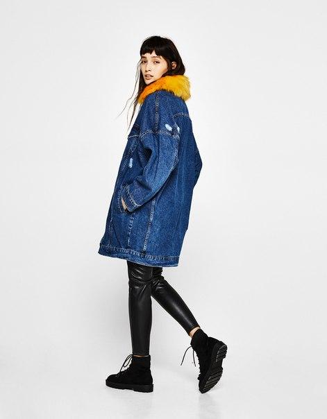 Удлиненная джинсовая куртка со съемной меховой отделкой