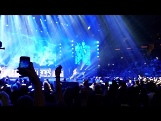 Scorpions - живое исполнение в Нью-Йорке. Wind of Change.