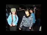 ДЕРЕВЕНСКАЯ ДИСКОТЕКА 90-х ЭТО НАДО ВИДЕТЬ))