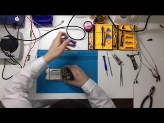 Замена дисплея на Meizu MX5. Видео №1. Демонтаж поврежденного дисплейного модуля.