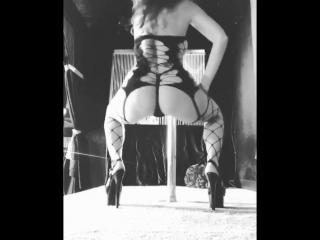 Monique Alexander в Instagram из BRAZZERS (не порно Бразерс браззерс моника александр секс стриптиз чулки в сетку)