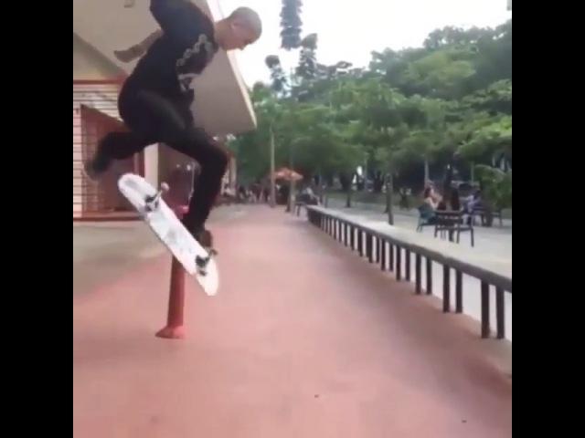 "Love Skateboarding on Instagram: ""HOLY... NOLLIE FLIP - @camilohenao95 🎥@sebasvelasquez9 Follow my personal: @olicharles 🙏🏻 SUBSCRIBE TO MY YOU..."