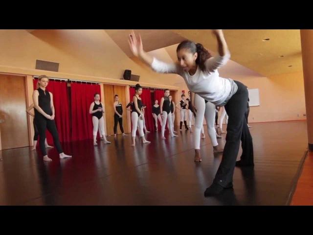 Alvin Ailey dancer teaches area students » Freewka.com - Смотреть онлайн в хорощем качестве