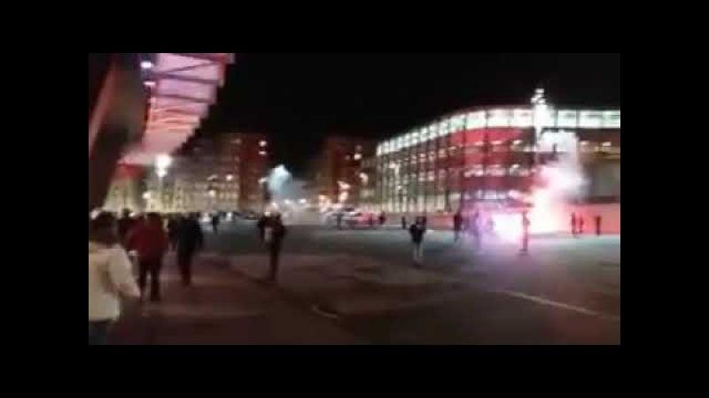 VIDEO 2 | Batalla campal en los aledaños de San Mames entre ultras rusos del Spartak de Moscú 2018