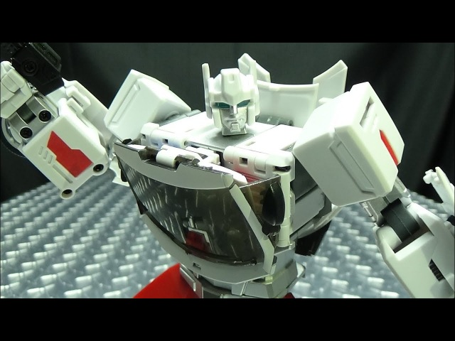 Generation Toy SARGE (Streetwise): EmGo's Transformers Reviews N' Stuff