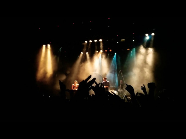 Oh Wonder - Lose It ( Moscow, 6/12/2017)
