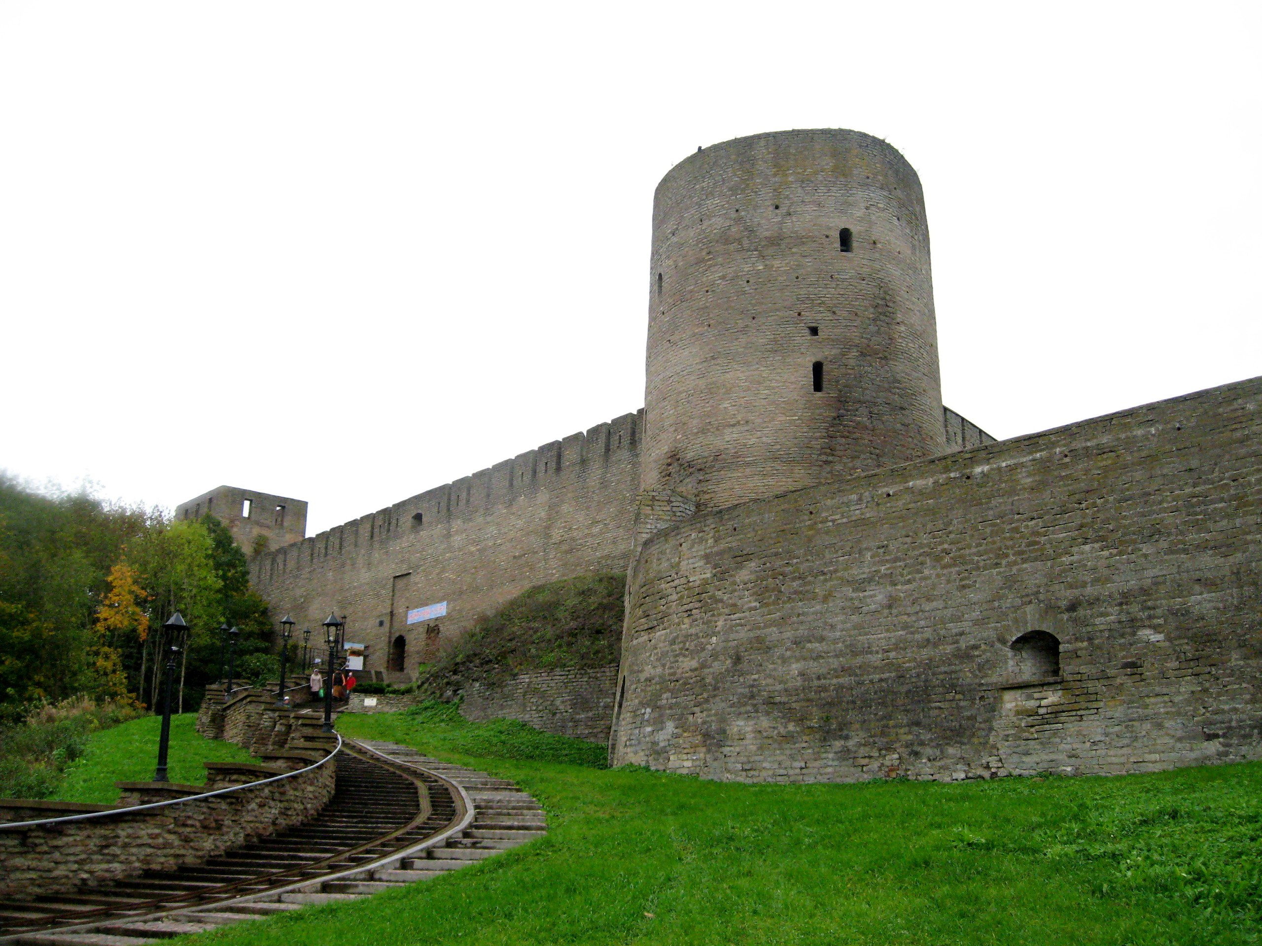 Ивангородская крепость. Неприступная твердыня на западных рубежах. Часть 1. Боярший город.