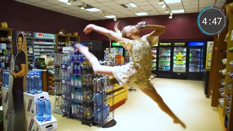 SLs DANCE MOMS BRYNN RUMFALLO ROCKS THE 10 MINUTE PHOTO CHALLENGE (plus an awesome g