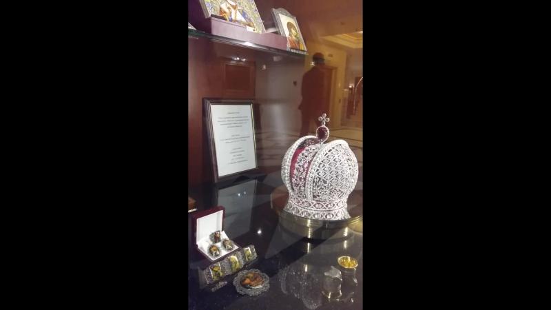 Отель Кемпински, Мойка 22, Недорогая корона, две штуки заверните, пожалуйста 2017-10-16 14-48-32 » Freewka.com - Смотреть онлайн в хорощем качестве