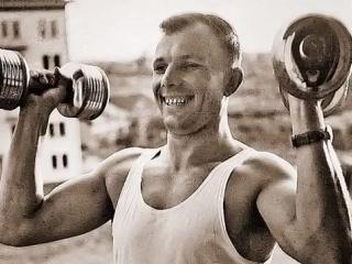 Юрий Гуляев - Знаете, каким он парнем был (фотоклип).