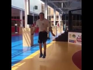 Александр Емельяненко продемонстрировал свою физическую форму