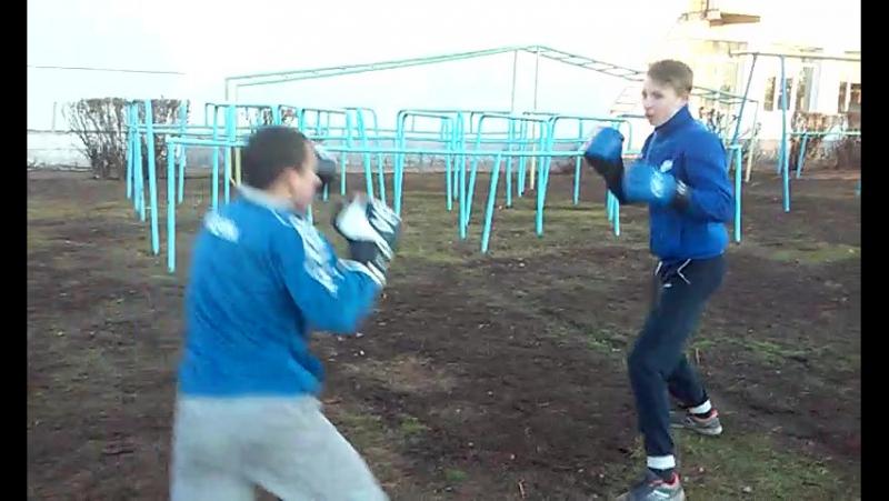 Великий Бокс на інтері!!)