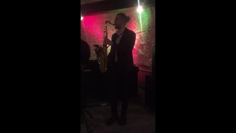 Саксофонист Smirnoffsax(live)