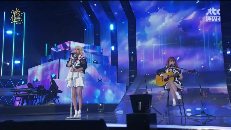 180110 The Golden Disc Awards 2018 | Bolbbalgan4 - Tell me you love me Blue